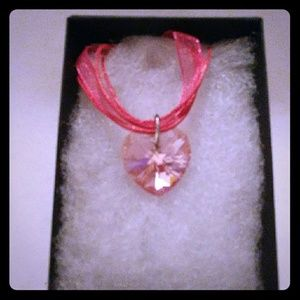 Jewelry - Flower Pink Crystal Heart Necklace